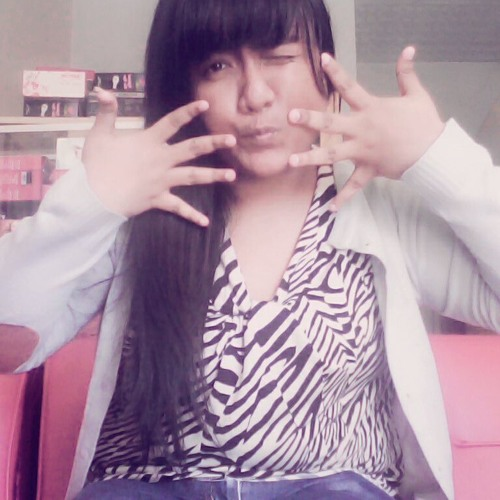 Aprillya Maya Ariesta 4's avatar