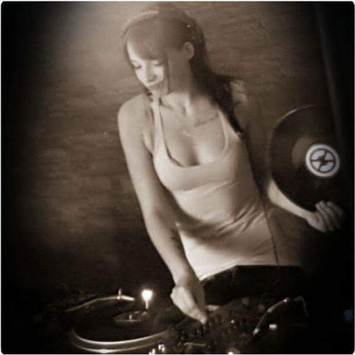 DJane Grinsekatze's avatar
