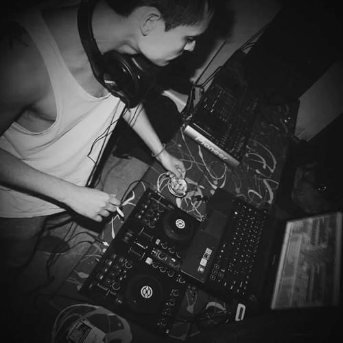 Guido Prado Sets & Mixes's avatar