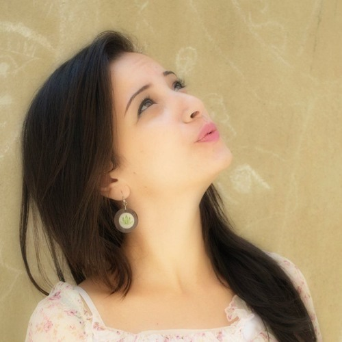 Ester Ashraf's avatar
