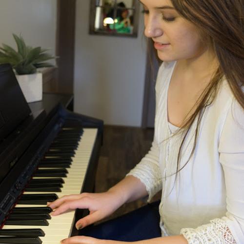 Lydia Smith's avatar