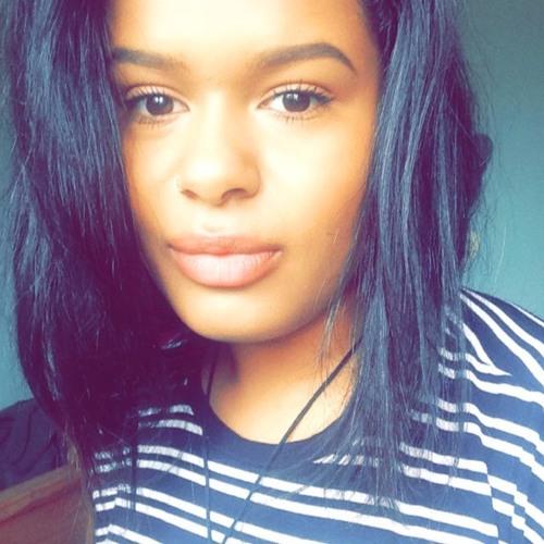 Amelia Thompson 4's avatar