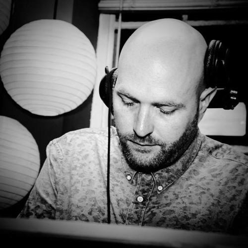 Adam Turner /// Mixes's avatar