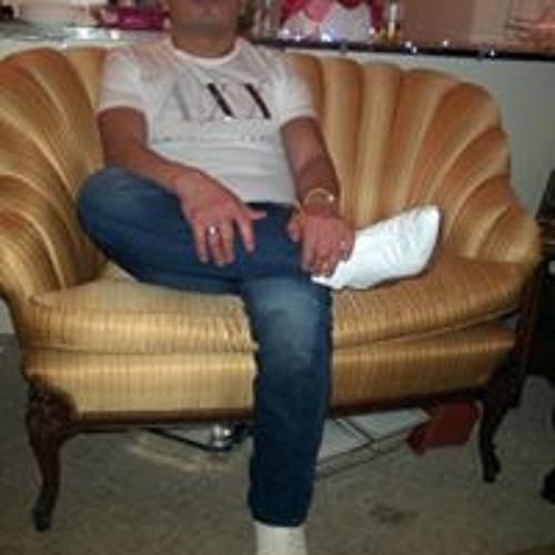 Raymundo Sanchez's avatar