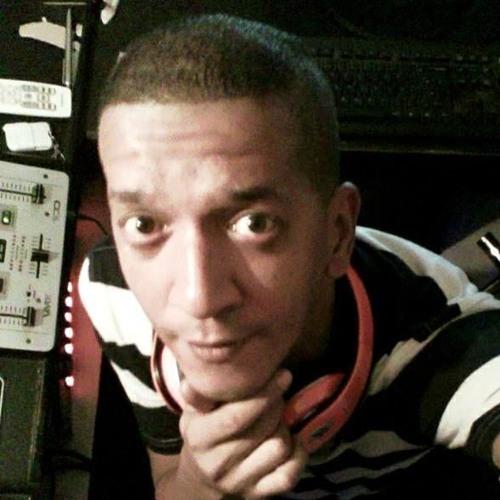 Dário Suncity's avatar