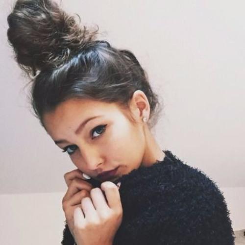 Crista Bonds's avatar