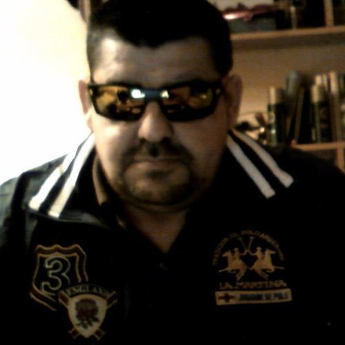 Sensato Martinez's avatar