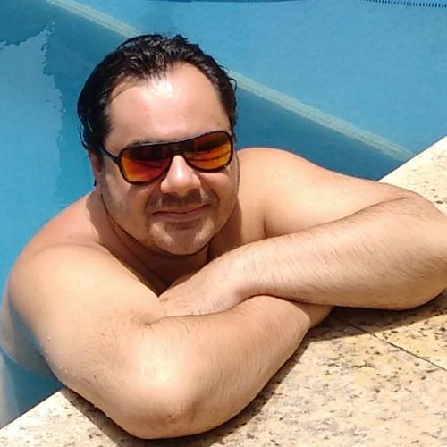 Lucyano Mattos's avatar