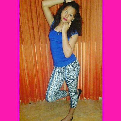 paola_tejeda's avatar