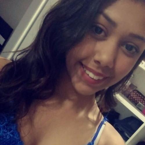 Larissa Lorena Vendite's avatar
