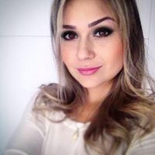 Viviane Luz's avatar