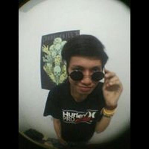 Romy Chandra's avatar