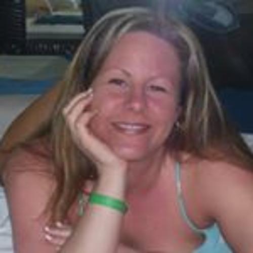 Ashley Lush's avatar