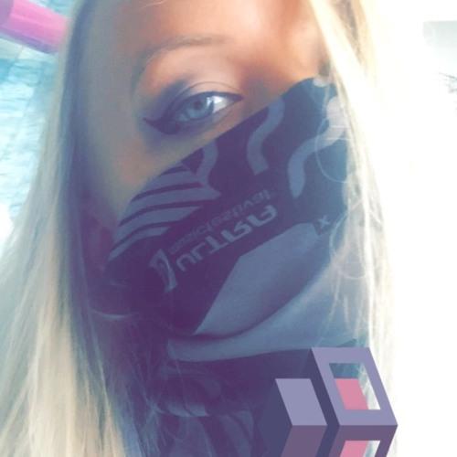 Megan McConnaughay's avatar