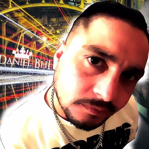 Daniel Bhi's avatar