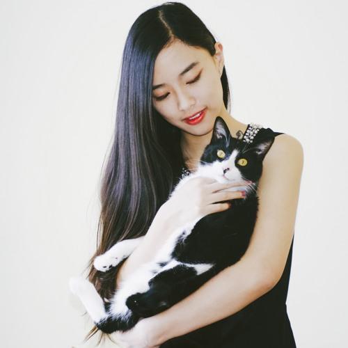 Zoe Yucong Wang's avatar
