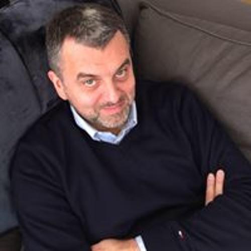 Christophe L's avatar