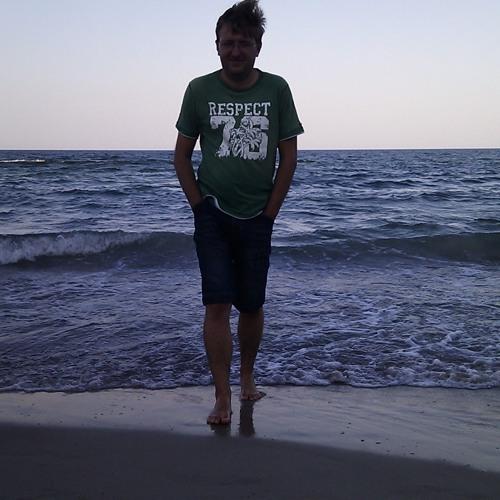 K. Cr0we's avatar