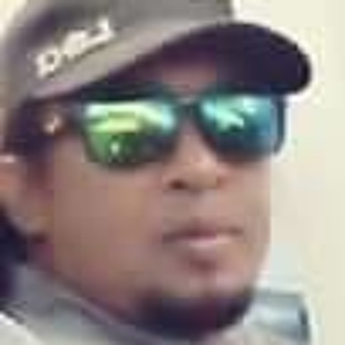 Ilmi Ilham's avatar