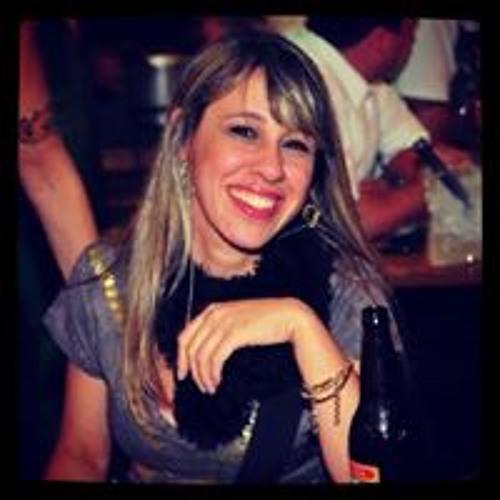Adriana Borges's avatar