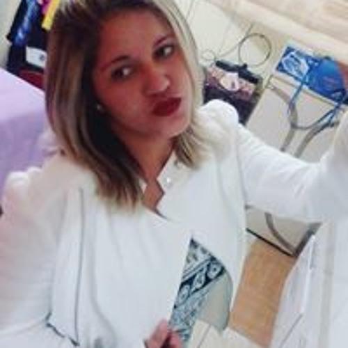 Luciana Dias's avatar
