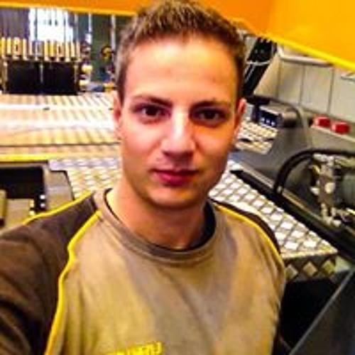 Alessandro Müller's avatar