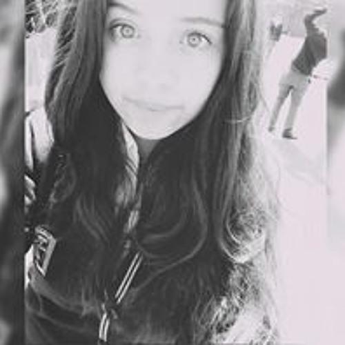 Veronica Andrea's avatar
