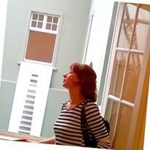 Leticia Costa's avatar