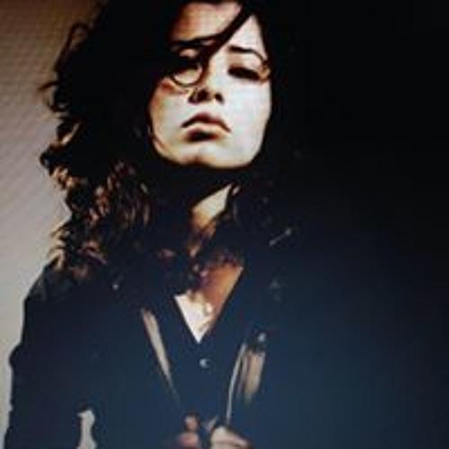 Kari Kari's avatar