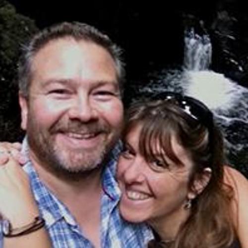 Sue Gooch's avatar