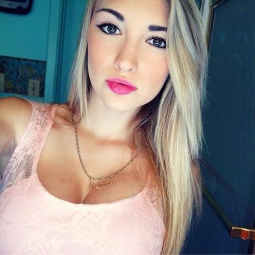 Aimee Garcia's avatar