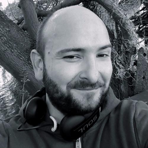 Malaz Madani's avatar