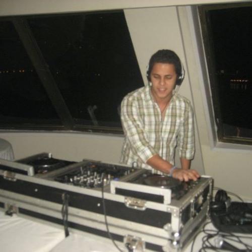 Omar safwat's avatar