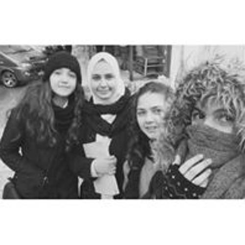 Dania Yaghmour's avatar