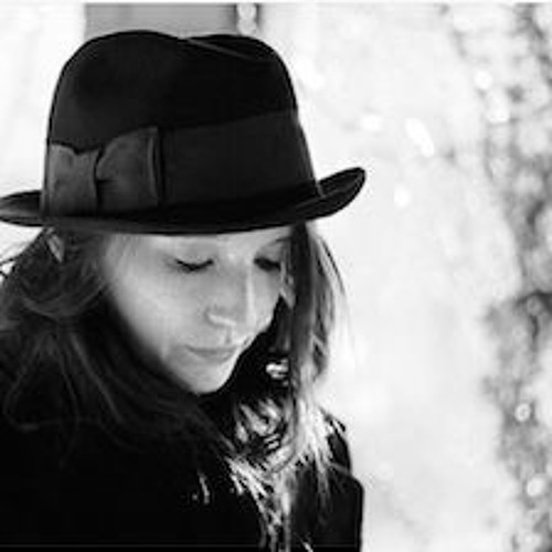 Julia Hudak's avatar