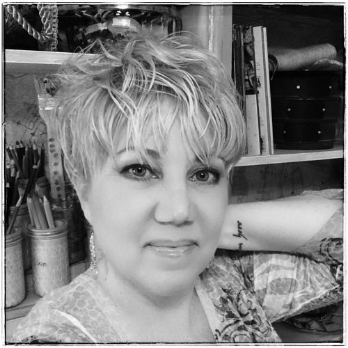 Noelle Mena's avatar