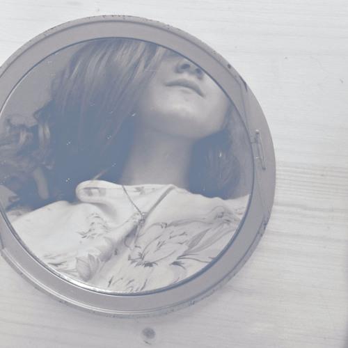 Iulia Postovanu's avatar