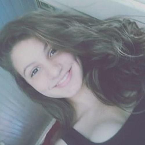 laura bakoura's avatar
