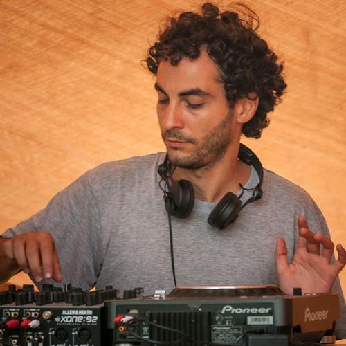 DJ Latam's avatar