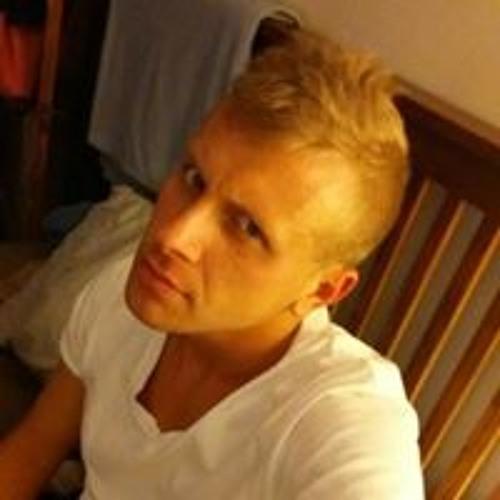 Nick Ryan Salmonson's avatar