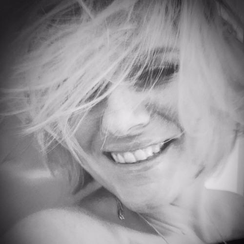 Ali Wheeler - Jazz Singer UK's avatar