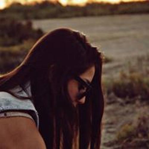 Daniela Martinez's avatar