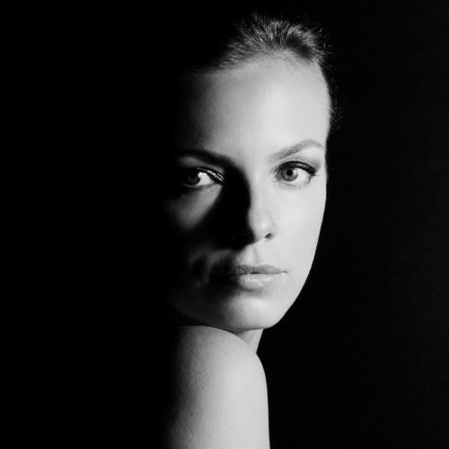 Anna Hanna's avatar