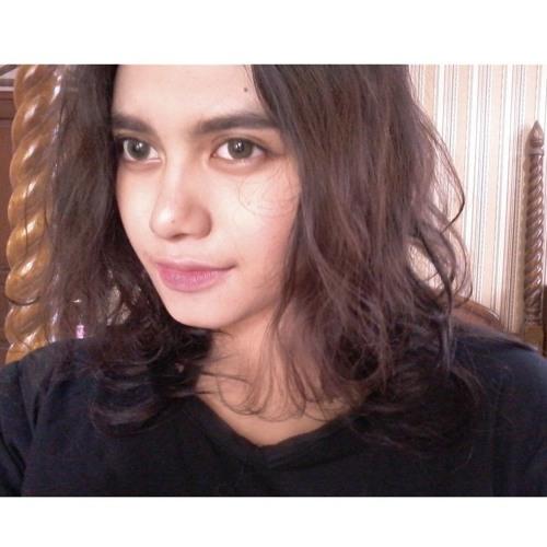 Rifkasafira's avatar
