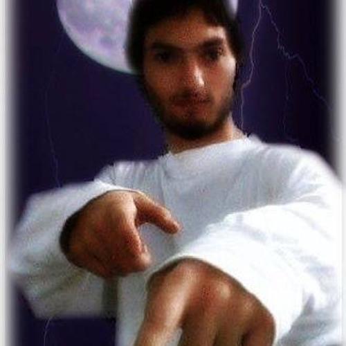 Chris Yiatro's avatar