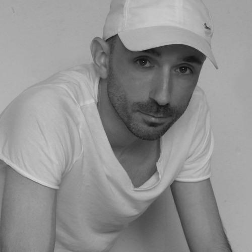 Chris Anera's avatar