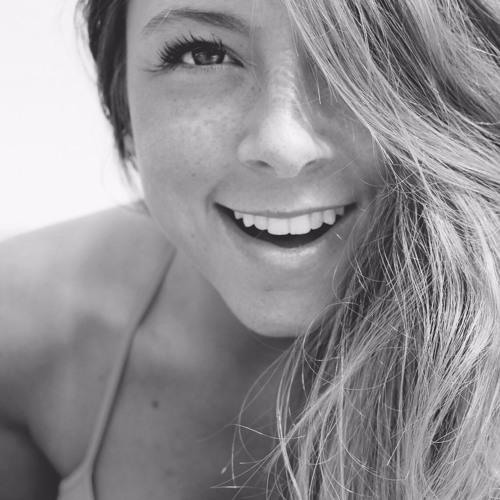 Kara Daniels's avatar