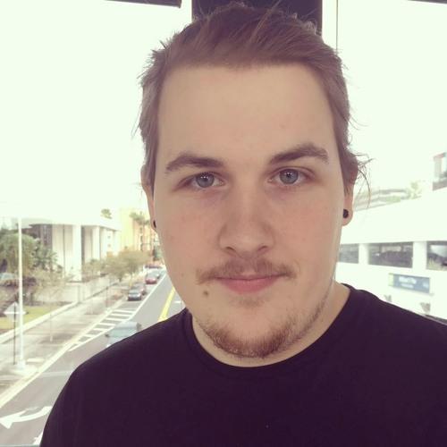 Lucas Quinn's avatar