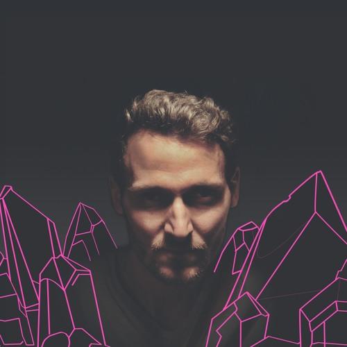 DANiELWEST's avatar