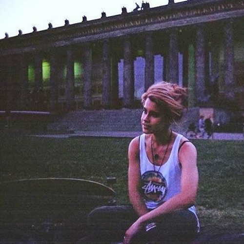 laurenatsea's avatar